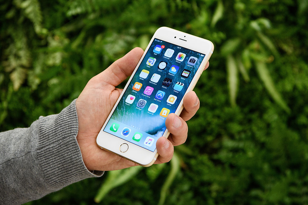 iPhone 13 Battery Life Raises Hopes to End Battery Drain: Leaked Specs, Features and More