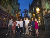 Harry Potter and The New York Store: Online Tour, Exclusive Hogwarts Gear and More Features