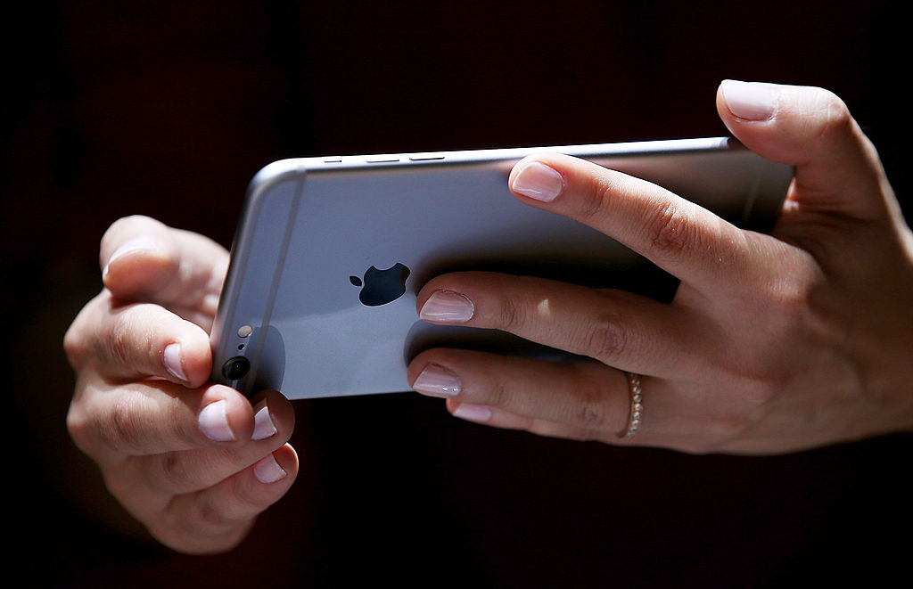 Is Your iPhone Stuck on the White Screen of Death? 3 Ways to Save Your Apple Without Losing Data