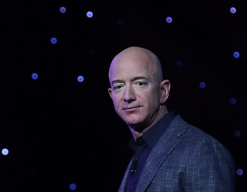 Jeff Bezos Space Trip Auction Winner: Seat at Blue Origin Capsule Sold for $28 Million [New Shepard Flight Details]