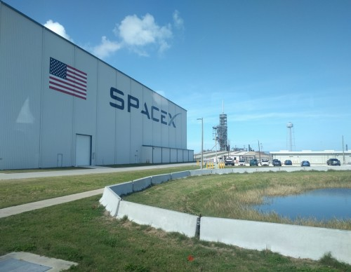 SpaceX's Starlink Overheating Issue May Be Resolved with Software Update, But Man Just Used Water Sprinkler