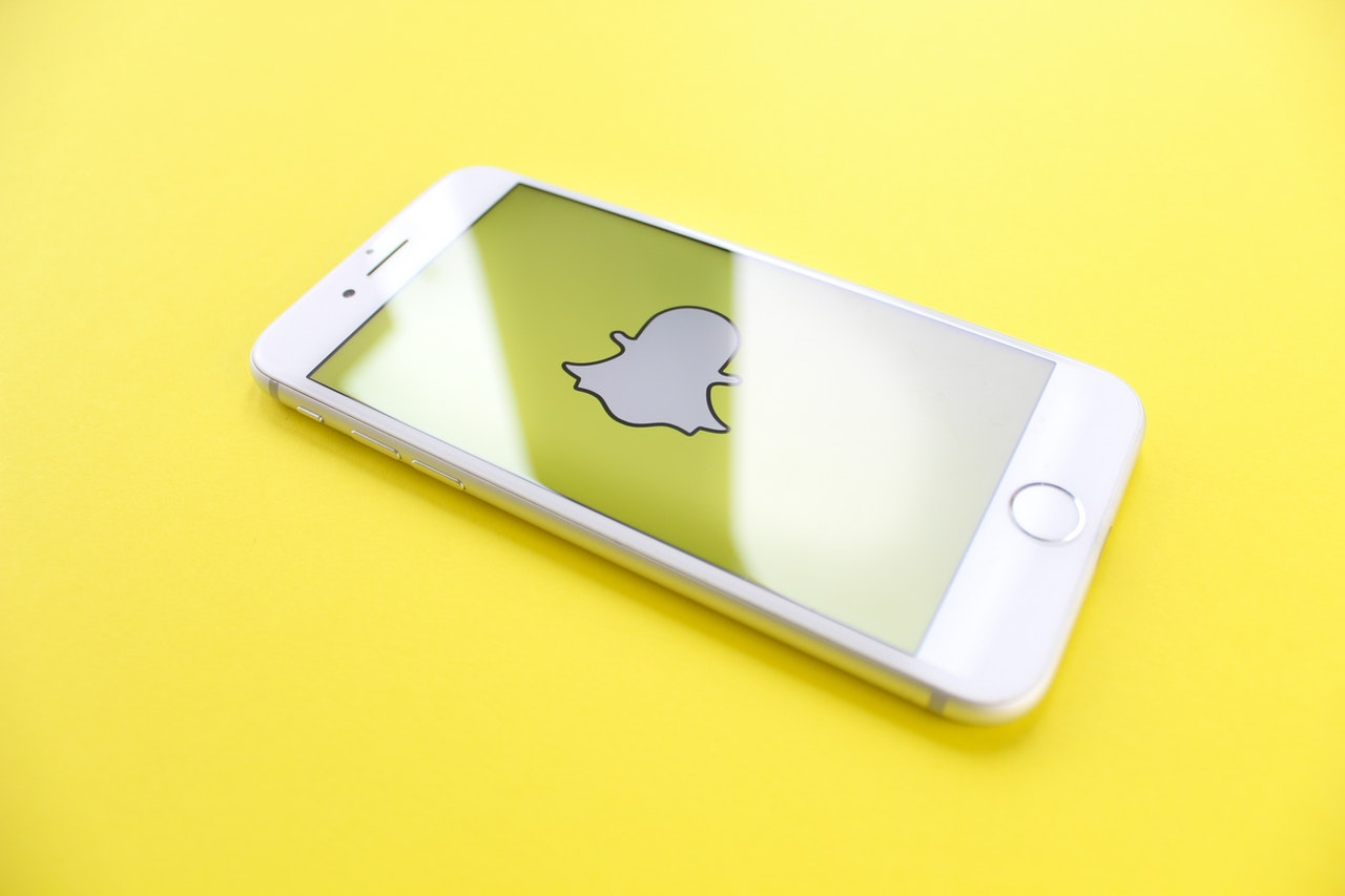 Snapchat Cameo App Guide: How to Delete Your Cameo in 5 Seconds!