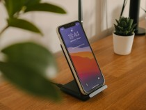 Worried Your iPhone Wireless Charging Is Not Working? 6 Ways to Fix the Issue