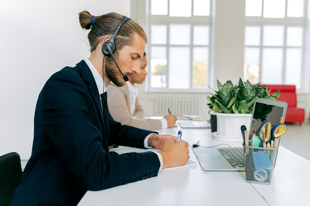 Why Every Company Should Have Help Desk Software?