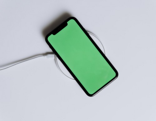 Afraid of the iPhone Green Screen of Death? Major Causes and 5 Ways to Save Your Apple Device