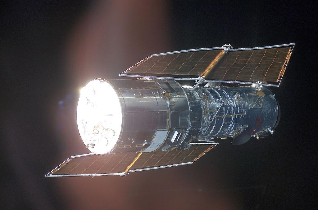 Hubble Space Telescope is Back! NASA Addresses Major Computer Glitch