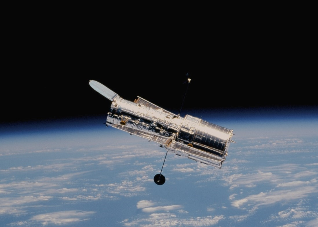 NASA Hubble Telescope Pictures and Videos: New Galaxy Snapshots Taken After Scary Glitch!