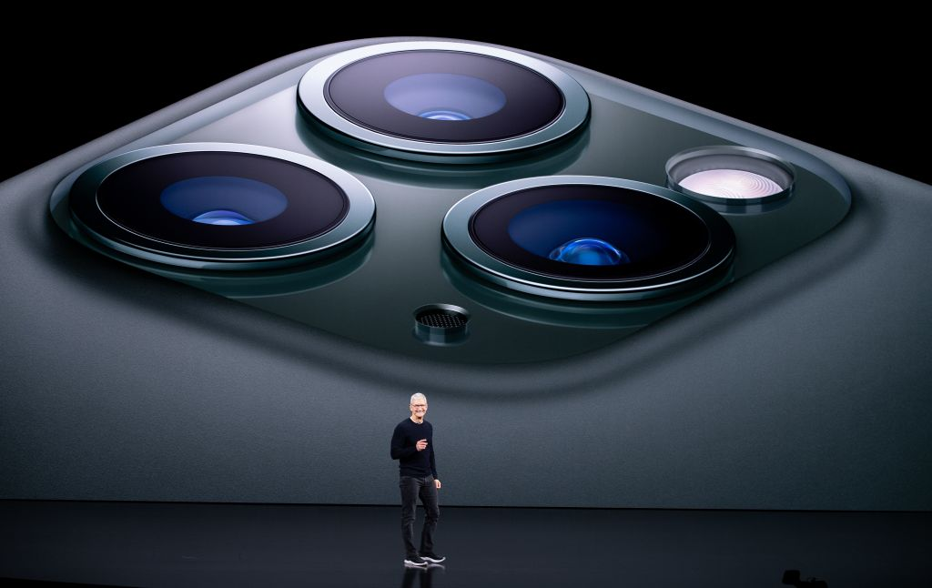 Latest iPhone 13 Leak Hints True 1TB Storage, LiDAR Sensor; Teases Early September Release