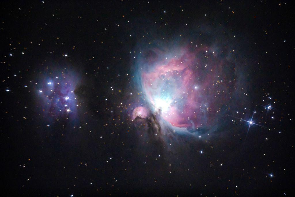 NASA Hubble Images: Advanced Camera Captures Heavenly Photo of Orion Nebula!