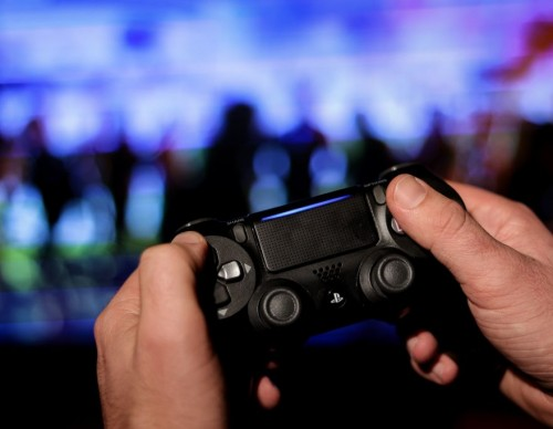 iPhone to PS4 Console? 6 Steps to Connect Your PS4 Controller to Your Apple Device