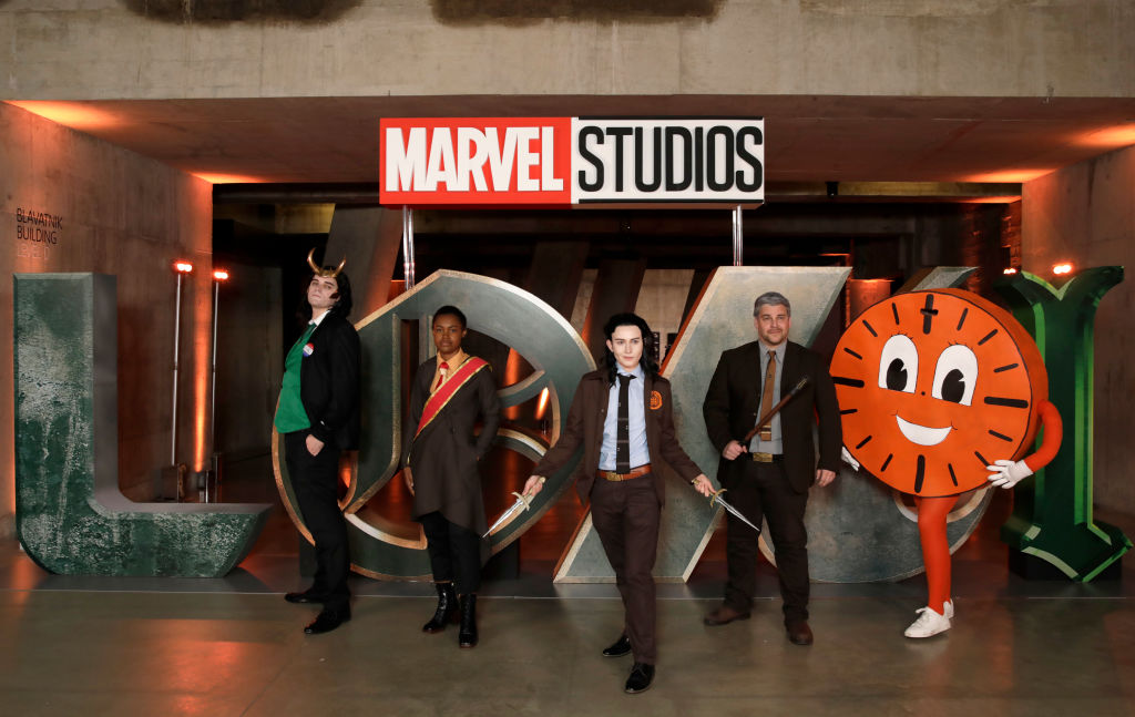 'Loki' Mutiverse of Madness: Alternate Timelines, Variants, and TVA Confusion Explained!