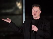 Elon Musk Tweets About Epic Neuralink Bar, Confirms It's Inspired by 'Cyberpunk 2077'