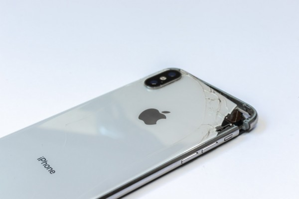 Is Your iPhone Dying? X Warning Signs It's Time to Replace Your Apple Phone