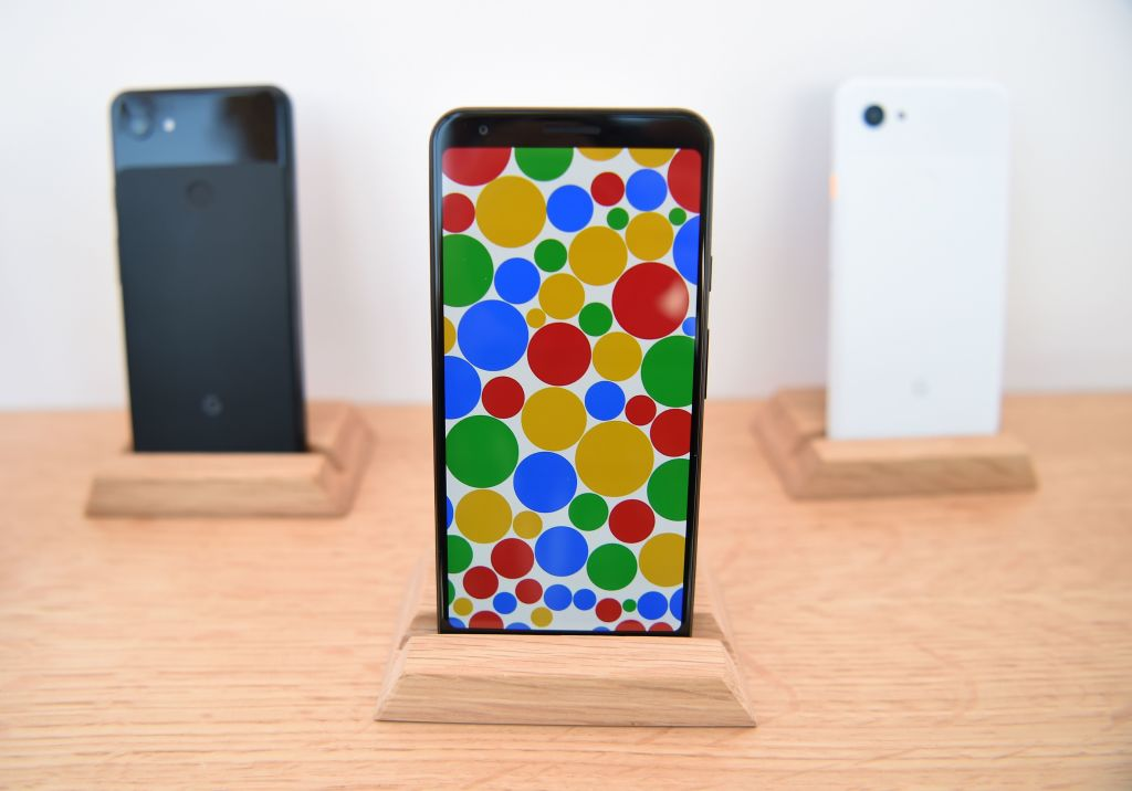 Google Pixel 6 Wallpapers Leaked: How to Download 12 Cool New Wallpapers