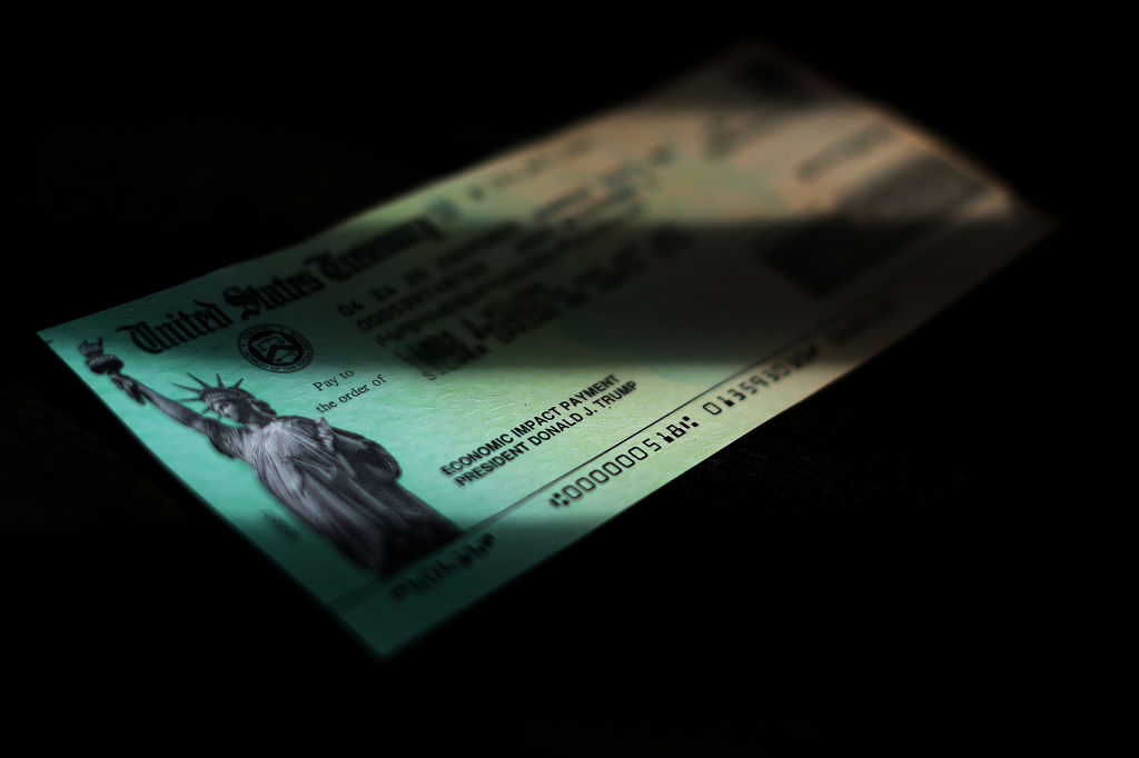 Fourth Stimulus Check Update: $2000 Payment Online Petition, Up to $1000 State-Backed Checks