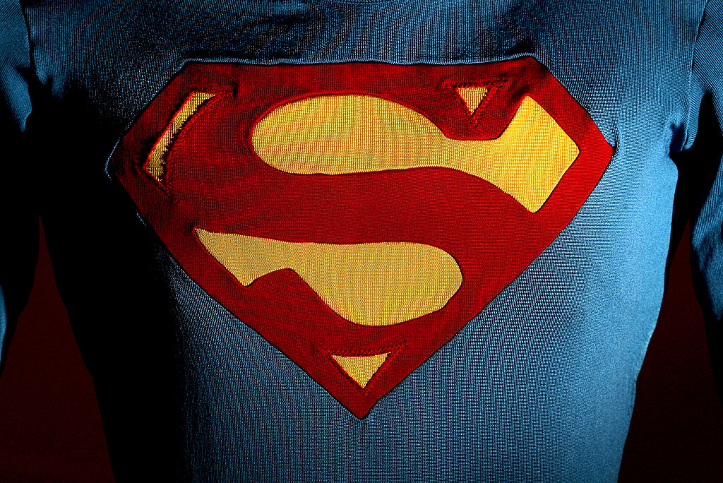 'Fortnite' Superman Challenges: Complete Guide to Find Beast Boy, Clark Kent, Batman!