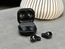 Afraid Your Samsung Galaxy Buds Are Disgustingly Dirty? 5 Steps to Clean Them Properly