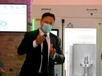 Elon Musk Reveals Tesla Bot on AI Day: Humanoid Robot Will Do 'Boring,' 'Dangerous' Work!