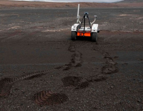 China Rover Extends Stay on Mars: Zhurong Will Take a Break Before Resuming its Mission