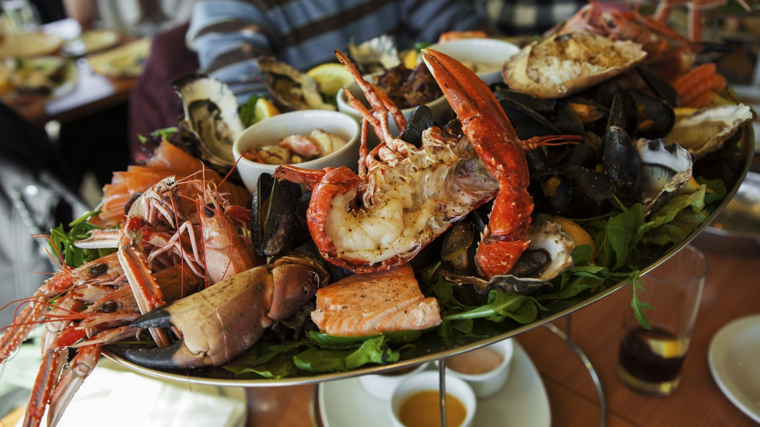 How to Safely Store Seafood at Your Restaurant