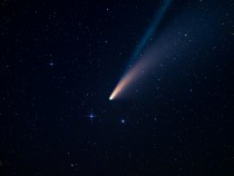 NASA Hubble Space Telescope Pictures: Stunning Images of ATLAS Comet Leads to Huge Discovery