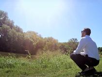 Renewable Energy Entrepreneur Abe Issa Celebrates The Growth in Renewables