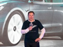 Tesla Model 3 Accident Adds Up to Elon Musk's Problem: Full Details of Tesla Autopilot Crash Involving Police Car