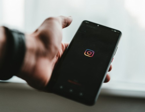 Instagram Not Working? 5 Ways to Fix App If Your Feed Is Not Refreshing
