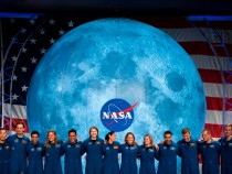 NASA Moon Landing Contract Awarded to Five Companies: SpaceX and Blue Origin to Design Systems