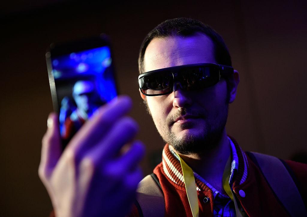 Xiaomi Smart Glasses Concept Specs, Design: Is It Better Than Facebook Smart Glasses?