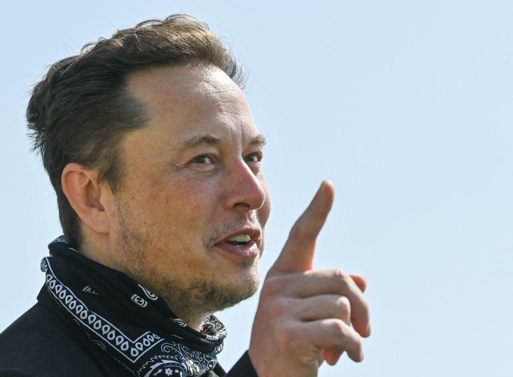 Dogefather Elon Musk Sparks Huge Dogecoin Price Surge With Floki Tweet!