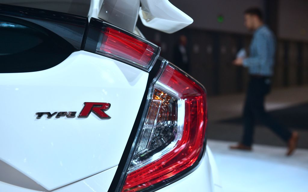 2023 Honda Civic Type R Release Date, Features: New Teaser Reveals Cool New Design, Specs!