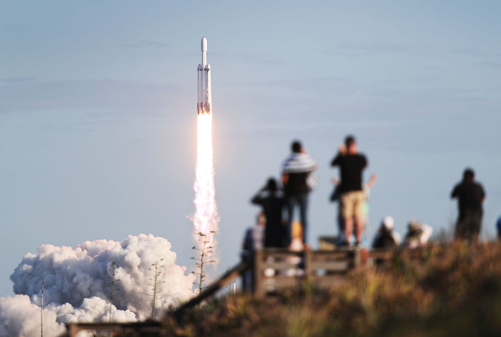 SpaceX Dragon Splashdown Location, Video and Effects: Residents Report Loud Boom!