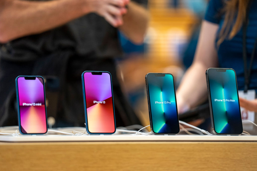 How Much Did It Cost Apple To Build iPhone 13 Pro? It's Pricier Than iPhone 12 Pro!