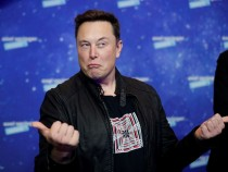 Elon Musk Sparks Rivalry With Jeff Bezos Again With Harsh Tweet