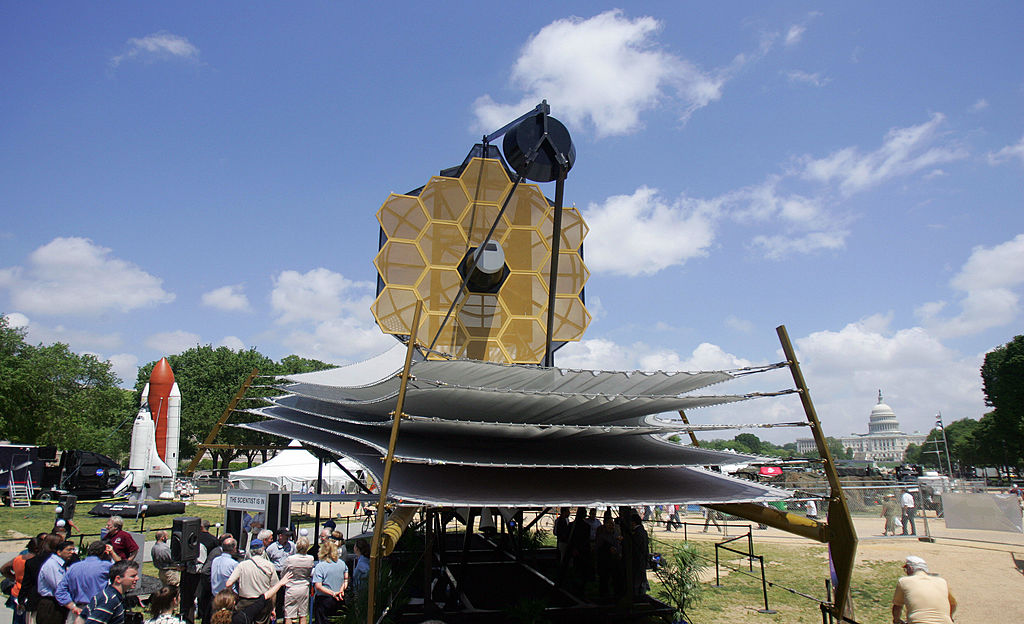 NASA Puts James Webb Telescope in Huge Suitcase! Watch Full Process, Shipping and MORE!