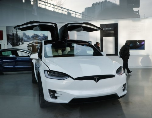 Tesla Under NHTSA Scrutiny Again for FSD Feature; Safety Watchdog Needs Information on Beta Testers' Signed NDAs