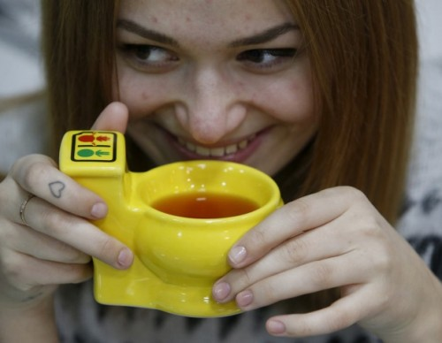 Teforia Is A Robot That Brews Tea