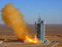 The Long March-2D carrier rocket carrying the remote sensing satellite 'Yaogan IV' blasts off from the launch pad at the Jiuquan Satellite Launch Center on Dec. 1, 2008 in north western Gansu Province, China.