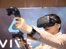 HTC Vive VS Oculus Rift:VR Helmet
