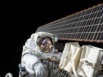 2016 UFO Sightings: Aliens Checking In On ISS And Cheshire Man?