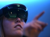 Microsoft Hololens An Amazing Experience? How To Ge A Free Demo