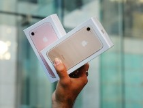 The Ins And Outs Of The iPhone 7: The First Signs Of Trouble