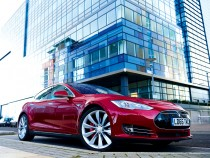 Tesla Model S Easily Hacked: Motor Company Responds Quickly To Fix Bug