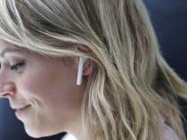 How Apple Can Improve The iPhone 7's Wireless Airpods