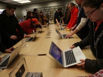 MacBook Pro and MacBook Air: Why You Should Hold Off On Buying One