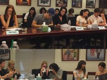Pretty Little Liars' Season 7 News And Update: Cast Emotional On Their Last Table Read; 3 Characters Dies In Finale?