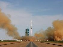 China Launches Shenzhou X