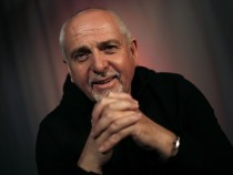 Peter Gabriel Wants Animals On The Internet