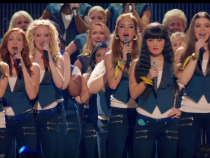 Pitch Perfect 2 (10/10) Movie CLIP - The Bellas' Final Performance (2015) HD